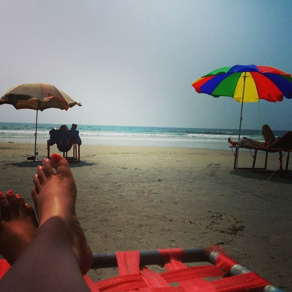 a lazy holiday by the beachside. my favorite kinds. #varkala